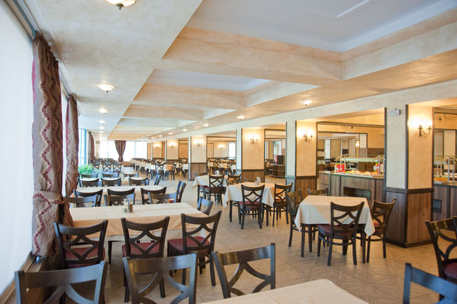 Kotva Hotel - Food and dining